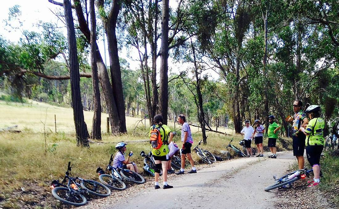 Guyra Cycle Club preparing for the Tour de Rocks
